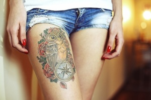 owl-tattoo-thigh-tattoo-for-girls[1]