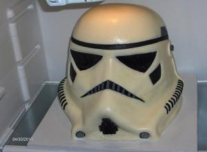 imperial-stormtrooper-grooms-cake[1]